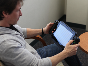 Razr Edge Pro Gaming Tablet | Image courtesy of IntelFreePass